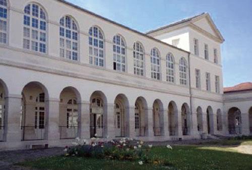 unité d'oncologie pédiatrique de l'hôpital Raymond Poincaré à Garches